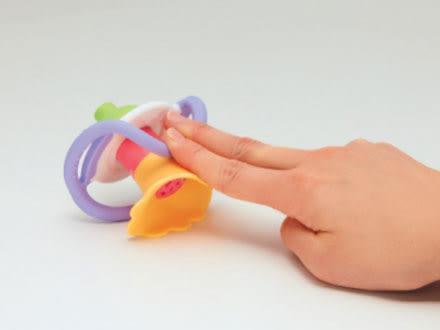 【佳兒園婦幼館】Toy Royal 樂雅 牙膠吹笛搖鈴