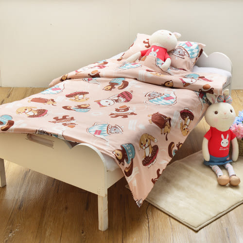 義大利Fancy Belle X DreamfulCat《愛麗絲茶會-粉》兒童純棉防蹣抗菌兩用被枕頭2件組