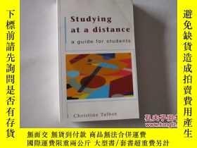 二手書博民逛書店STUDYING罕見AT A DISTANCE:A GUIDE FOR STUDENTS 【392】Y1097
