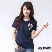 BIG TRAIN 福貓花柄V領TEE-女-深藍