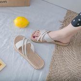 人字拖鞋女外穿新款夏季百搭韓版半平底防滑花朵夾趾涼拖   宜室家居