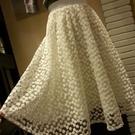 雪紡裙-高腰網紗刺繡鏤空花朵蓬蓬紗裙2色...