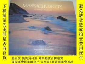 二手書博民逛書店Massachusetts:罕見A Scenic Discove