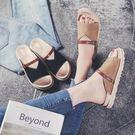 618好康又一發夏季新款平底一字拖鞋女夏平跟沙灘鞋女海邊鬆糕厚底羅馬涼鞋【非凡】