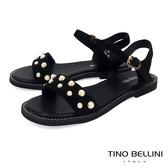 Tino Bellini 綺麗華美鑲嵌珍珠平底涼鞋 _ 黑 A83090