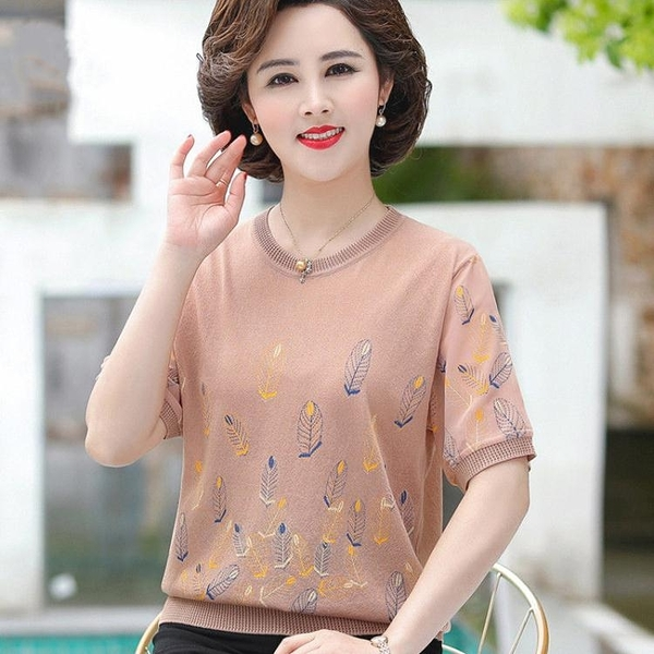 中年媽媽夏裝短袖T恤薄款打底針織衫寬鬆中老年女裝夏季冰絲上衣 快速出貨