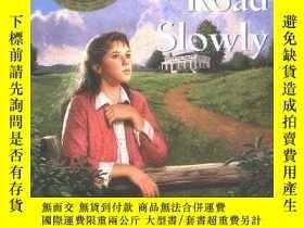 二手書博民逛書店紐伯瑞獎英語有聲罕見Up a Road Slowly 5張聽的+