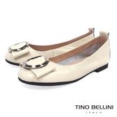 Tino Bellini 雅緻環飾真皮平底娃娃鞋_ 米白 B83261