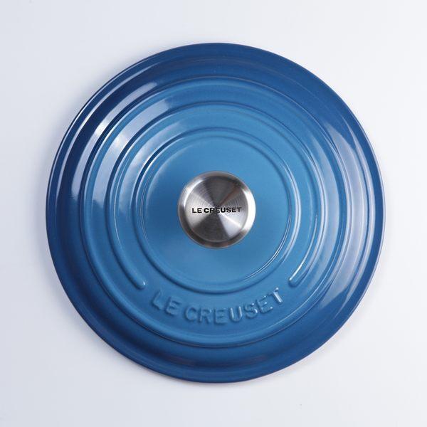 Le Creuset 新款圓形琺瑯鑄鐵鍋 26cm 5.3L 馬賽藍 法國製【Casa More美學生活】