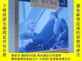 二手書博民逛書店Resolving罕見conflicts At work (Re