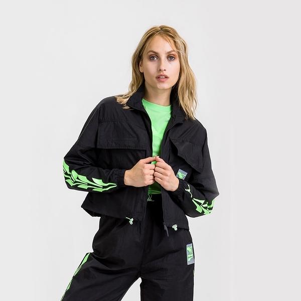 PUMA 外套 蔡依林 黑 螢光綠 短版 復古 運動 風衣外套 女 (布魯克林) 59777001