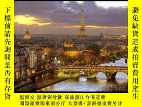 二手書博民逛書店Paris罕見: The Capital 巴黎:首都Y19139