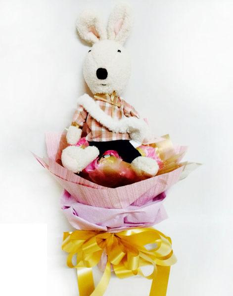 娃娃屋樂園~獨家砂糖兔.法國兔.6朵金莎畢業圓形花束 每束750元/畢業熊/學士熊/畢業花束