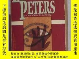 二手書博民逛書店英文原版罕見The Deeds of the Disturber