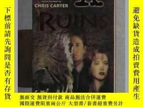 二手書博民逛書店英文原版罕見Ruins (The X-Files) by Kev