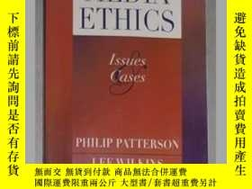 二手書博民逛書店英文原版罕見Media Ethics: Issues and C