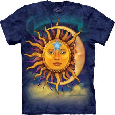 『摩達客』 (預購)(大尺碼3XL)美國進口【The Mountain】自然純棉系列 日月 T恤(10412045128ab)