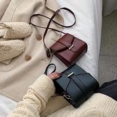 上新港風復古小包包女包2021新款百搭斜挎潮韓版高級感單肩手機包