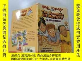 二手書博民逛書店The罕見Pumpkin Elf Mystery:南瓜精靈之謎Y200392