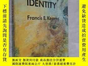 二手書博民逛書店Black罕見identity: A thematic reader Francis E. Kearns 英文原版