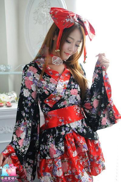 【愛愛雲端】紅黑櫻花動漫和服