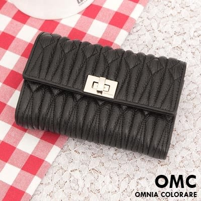 OMC - 專櫃立體抓皺質感真皮中夾 - 黑