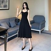2021早春新款女裝露肩吊帶裙子性感法式復古洋裝赫本風小黑裙潮 露露日記
