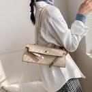 凱莉包 石頭紋白色包包女2020新款潮側背腋下凱莉包高級感百搭手提法棍包 小天使