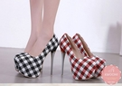 圓頭高跟鞋 格紋撞色英倫風 晚宴鞋 新娘鞋 *Kwoomi-A31