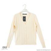 【INI】實穿日常、坑條織紋素色針織外套.米色
