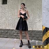 A字連身裙 甜辣風性感辣妹V領黑色吊帶連身裙女夏收腰修身蓬蓬裙a字法式裙子【99免運】