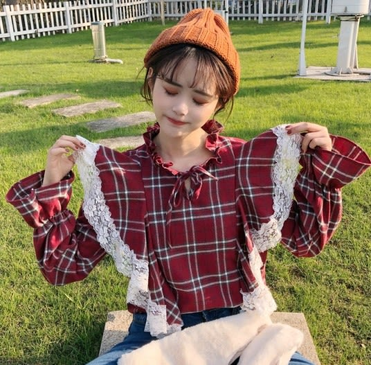 EASON SHOP(GU4780)斯文蘇格蘭格紋花邊長袖襯衫蕾絲拼接格子喇叭袖女上衣韓版寬鬆立領荷葉邊燈籠袖