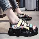 涼鞋女夏季厚底鬆糕鞋2021新款百搭魔術貼平底休閒海邊沙灘鞋 快速出貨 快速出貨