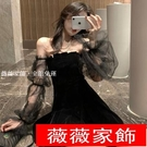 一字領洋裝 2021春夏新款氣質網紗泡泡袖黑色裙子露肩絲絨收腰蓬蓬連身裙女裝 薇薇