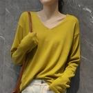 秋冬羊絨衫女V領短款百搭套頭毛衣修身打底針織衫