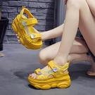 楔型鞋 正韓運動涼鞋女仙女風夏 2020歐洲站厚底高跟坡跟內增高鬆糕鞋 中秋降價