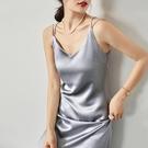 酒紅色洋裝 v領醋酸吊帶裙中長款美背打底...