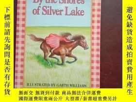 二手書博民逛書店by罕見the shores of silver lakeY66
