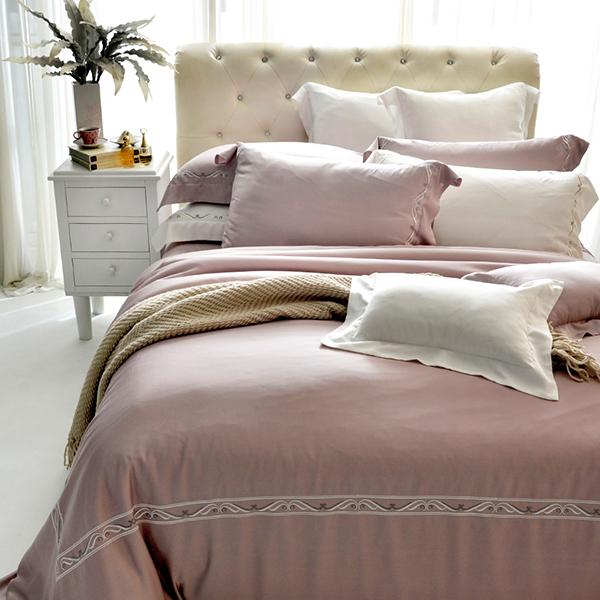 法國CASA BELLE《皇室璀璨》雙人天絲刺繡四件式防蹣抗菌吸濕排汗兩用被床包組 白色