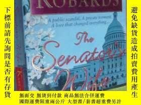 二手書博民逛書店THE罕見SENATOR S WIFE:A Public sca