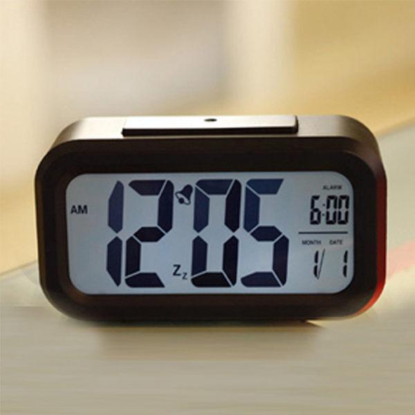 (現貨)超大屏幕鐘夜光感應聰明鐘 電子鬧鐘創意懶人貪睡靜音床頭鐘