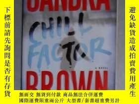 二手書博民逛書店英文原版罕見Chill Factor by Sandra Bro