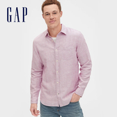 Gap 男裝 清爽格紋翻領長袖襯衫 548296-粉色條紋