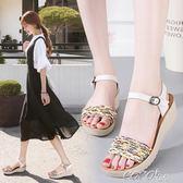 涼鞋  坡跟涼鞋女學生夏新款百搭韓版波西米亞涼鞋一字帶鬆糕鞋厚底 coco衣巷