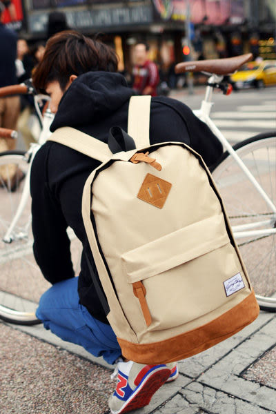 JerryShop【JB10001】經典質感豬鼻子後背包(6色)Outdoor 齎絨 皮革 筆電 聖誕 交換禮物