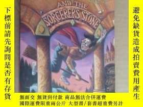 二手書博民逛書店Harry罕見Potter and the Sorcerer
