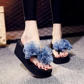 新款夏季人字拖女拖鞋中跟厚底防滑花朵沙灘鞋坡跟涼鞋 芊惠衣屋