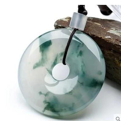 天然翡翠色玉石吊墜陽綠色玉項錬冰種飄玉墜 萬客居