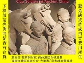 二手書博民逛書店稀缺,Hidden罕見Army: Clay Soldiers of Ancient China,約1900出版,軟