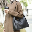 時尚女生單肩包 休閒純色托特包 複古百搭軟皮女包包 韓版潮流大包包 簡約大容量女士托特包